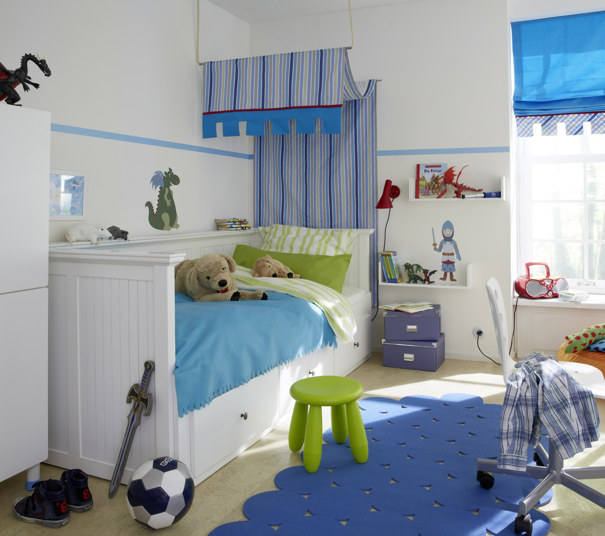 Baby and aqua on pinterest for Kinderzimmer 2 jahre