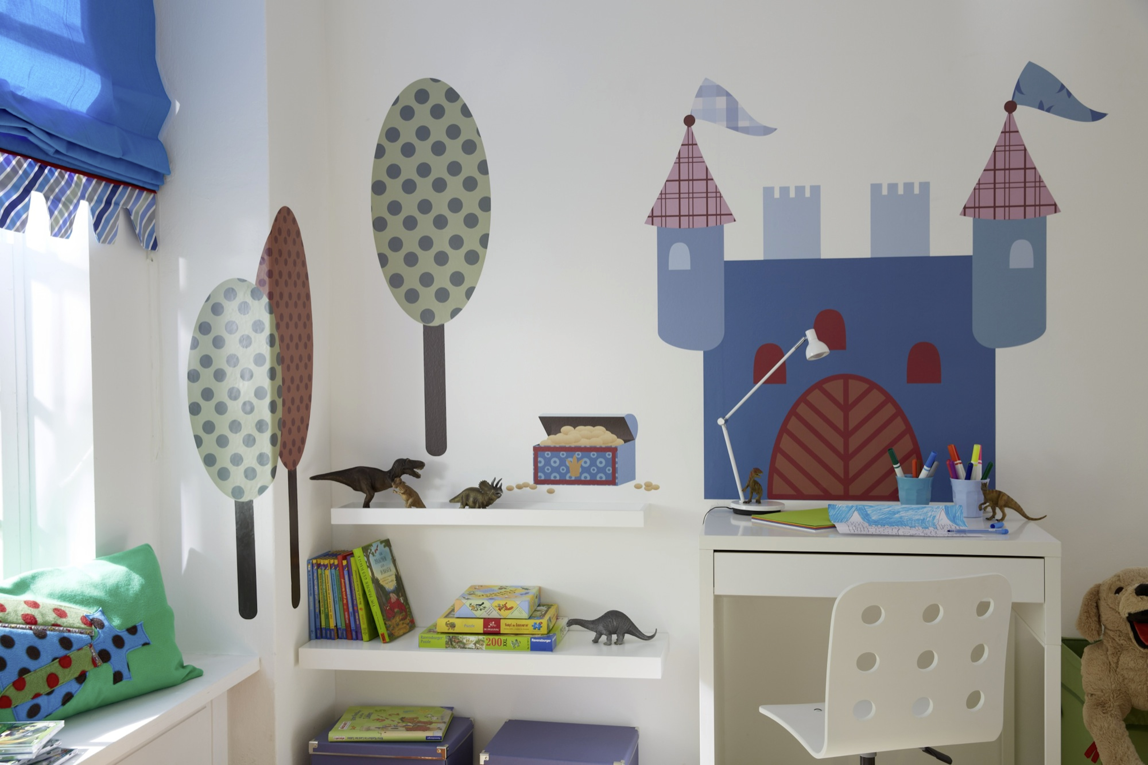 kinderzimmer wird zum abenteuerland. Black Bedroom Furniture Sets. Home Design Ideas