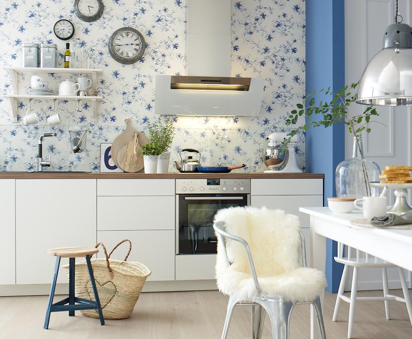 tapeten funktionieren auch in der k che. Black Bedroom Furniture Sets. Home Design Ideas